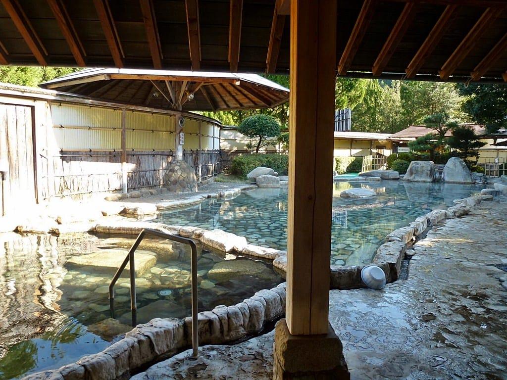 渡瀬温泉の露天風呂