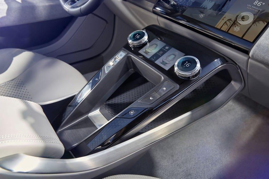 2018-Jaguar-I-Pace-Concept-47