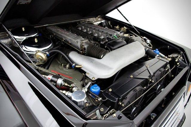 1990-Lamborghini-LM002-8-1-640x427