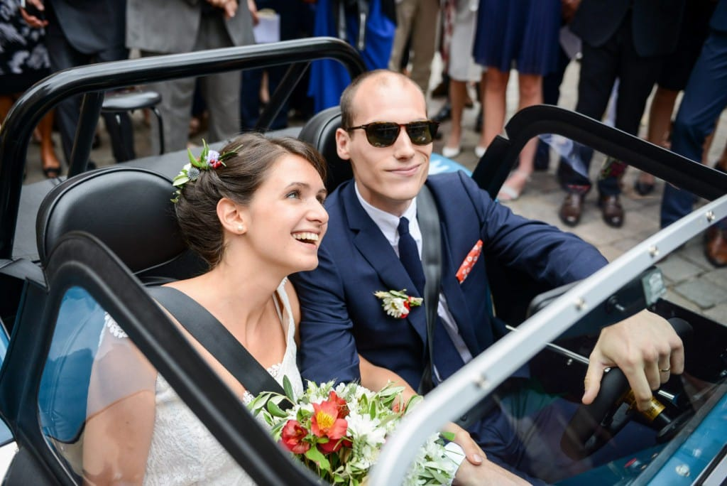 this-caterham-165-was-the-perfect-wedding-day-companion-for-this-french-couple-1476934193063-2000x1335