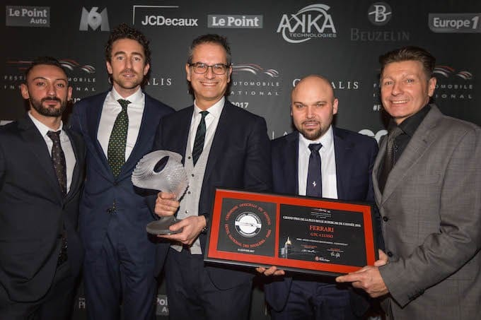 ferrari-gtc4lusso-award-paris-2017-most-beatiful-supercar-news2